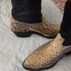 unknown Shoes - crocadile & leather mens boots